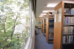 4階 基礎医学図書